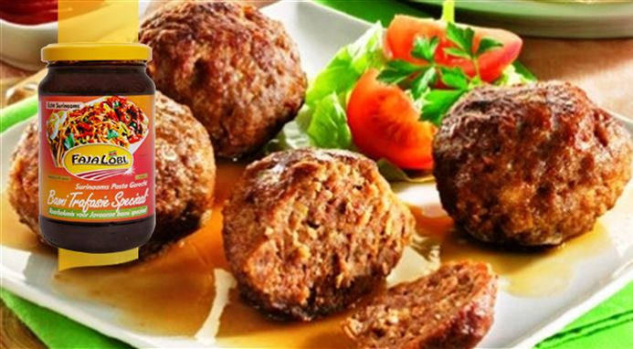 Surinaams eten – Gehaktbal Trafasie Speciaal (de lekkerste gehaktbal speciaal)