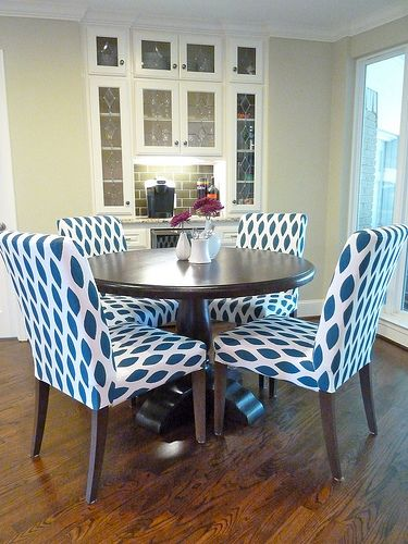 How To Stencil Ob Fabric Chairs