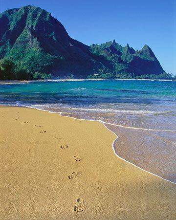 Makua Beach, Kauai, Hawaii   ♥ ♥ www.paintingyouwithwords.com