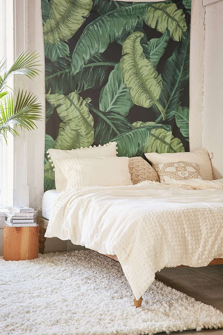 cool Assembly Home Banana Leaf Tapestry - Urban Outfitters
