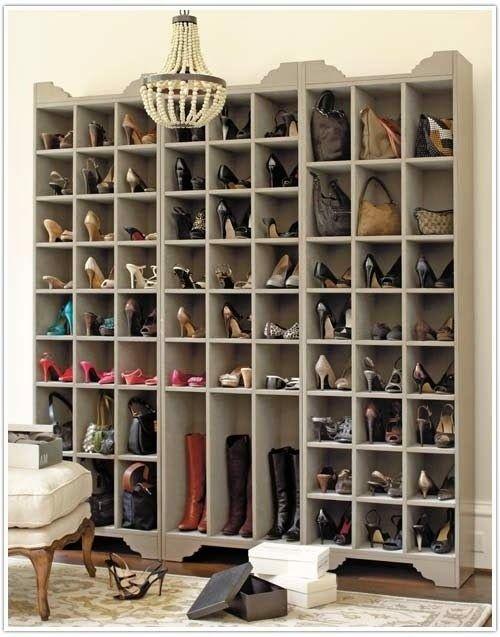 Les 25 meilleures id es de la cat gorie meuble chaussure sur pinterest tag res chaussures Rangement chaussures dressing