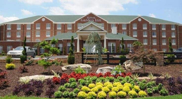 Hilton Garden Inn Atlanta South-McDonough McDonough This McDonough, Georgia hotel is moments from Interstate 75 and historic McDonough Square. The hotel offers an on-site restaurant and modern guest rooms with flat-screen TVs.
