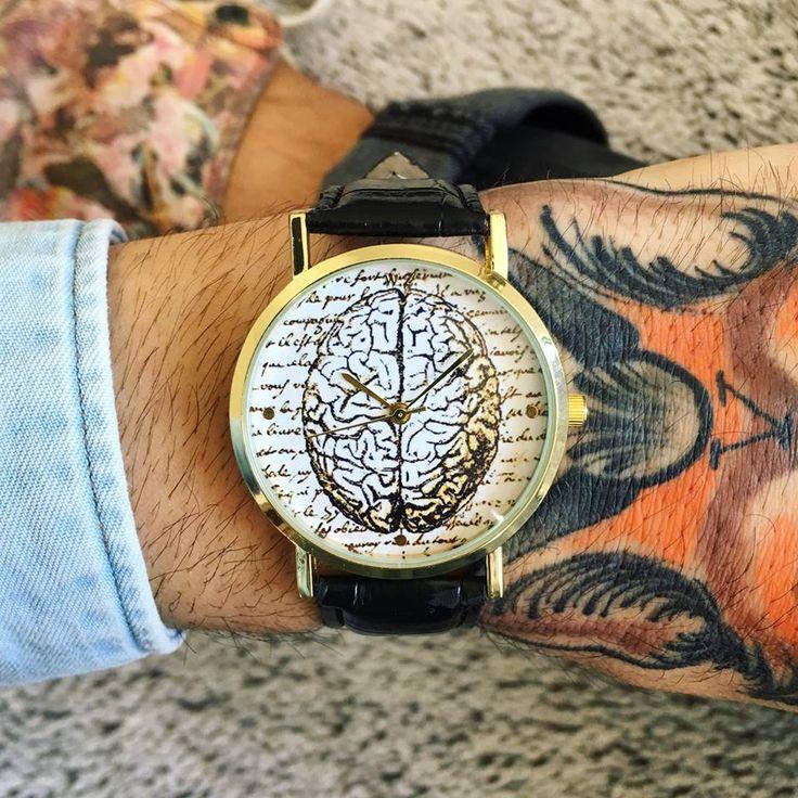 WOODSTOCK WATCHES MEN! Vieni a scoprire la nostra nuova collezione Woodstock Watches! Ti aspettiamo nel nostro Shop a Sarcedo in provincia di Vicenza in via 2 giugno N 36 oppure se non siete della zona effettuiamo spedizioni in tutta Italia in 24/48 ore lavorative! 📮 Sito ufficiale: https://www.woodstockzambon.com 📮 Instagram: https://www.instagram.com/woodstockzambonvalentina/ #woodstockzambon #woodstockwatch #orologio #style #trend #streetstyle #spring2017 #summer2017 #vintage #brain…