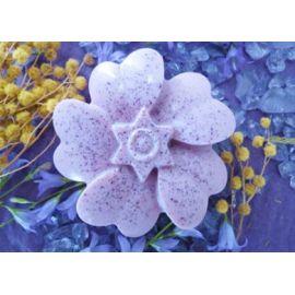 Σαπούνι με άρωμα λουλουδιών