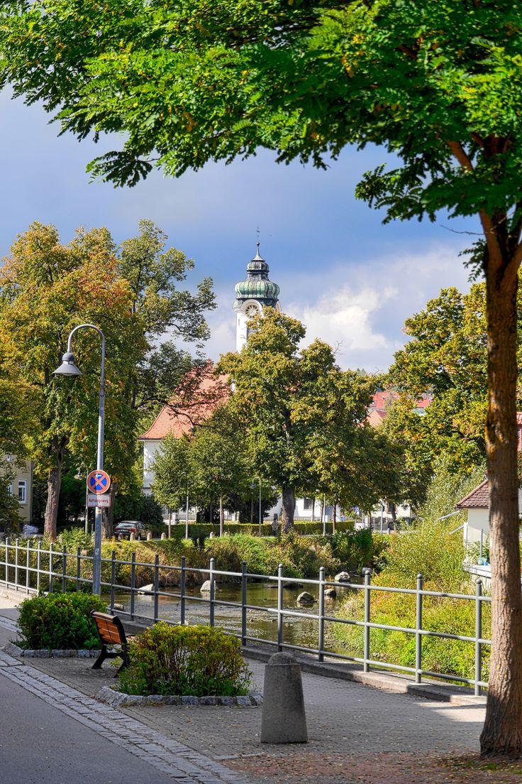 Evangelische Kirche und die Brigach in Donaueschingen