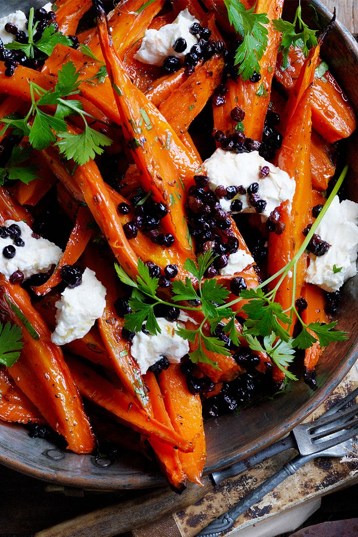 These sweet honey roasted carrots are perfect with labne and currants, and are a great addition to your Christmas spread. Recipe by the Australian Women's Weekly.