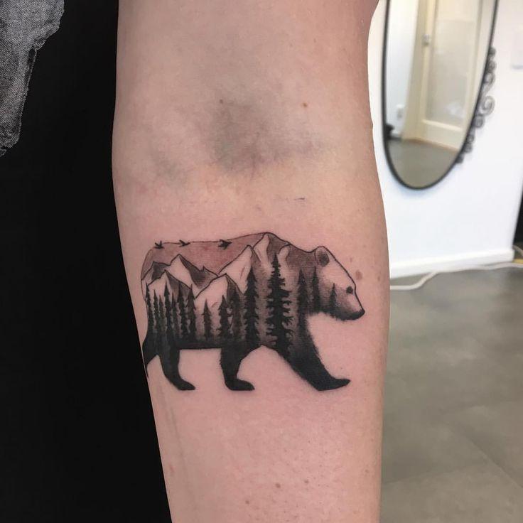 """40 Likes, 2 Kommentare – Erica Nyman (Erica Cerulo.nyman) auf Instagram: """"En liten björn :) #tatuering #bear #tattoo #forest #foresttattoo #mountains …"""