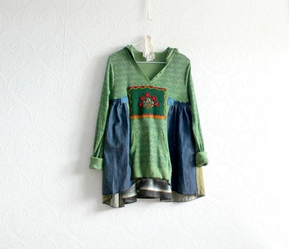 Green Boho Hoodie Eco Friendly Women's por BrokenGhostClothing
