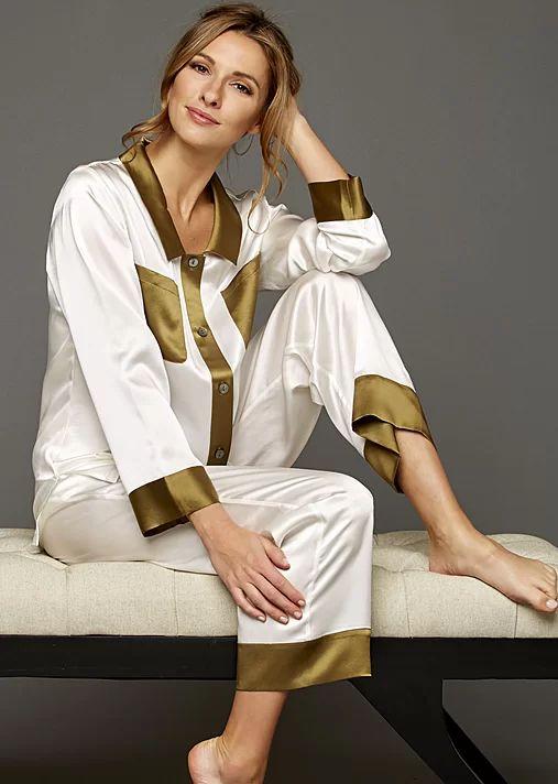 My Newest Crush Silk Pajamas   Julianna Rae   Living Water Home Spa Shop #luxury #pjs #silk #ladies #pajamas