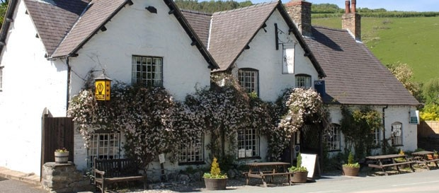 West Arms Hotel in Llangollen, Denbighshire | Best Loved Hotels