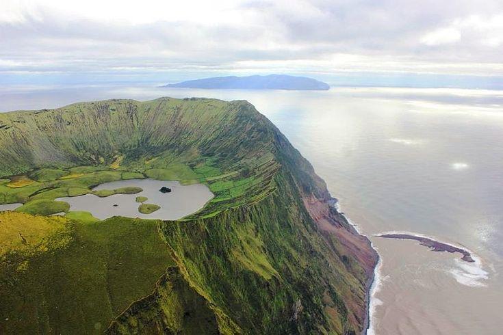 Caldeirao do Corvo. Açores