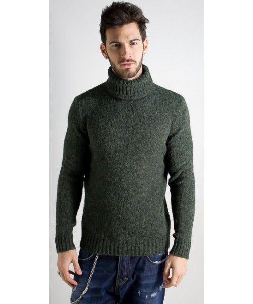 Maglione a collo alto dalla vestibilità regolare disponibile in vari colori - ExJ