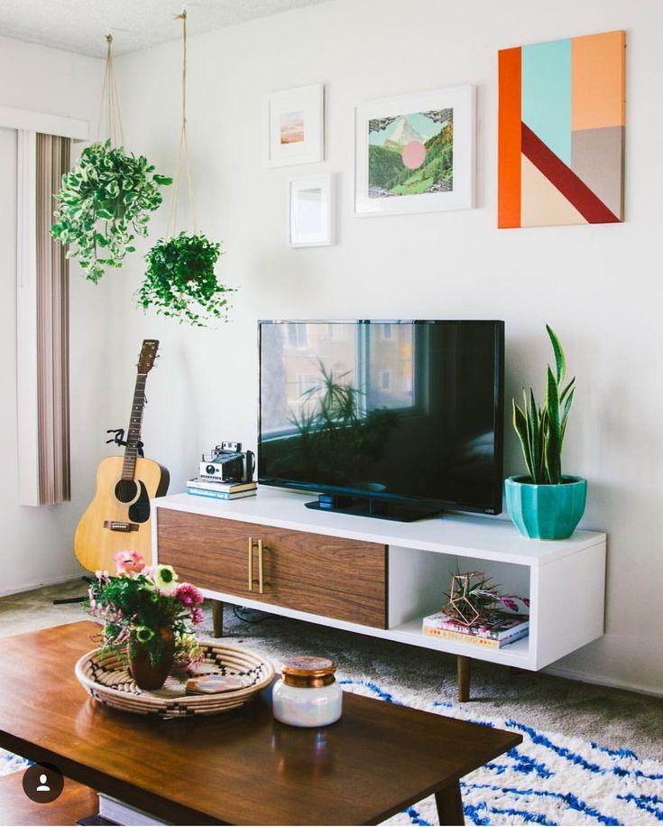Best 25+ Tv console decorating ideas on Pinterest ...