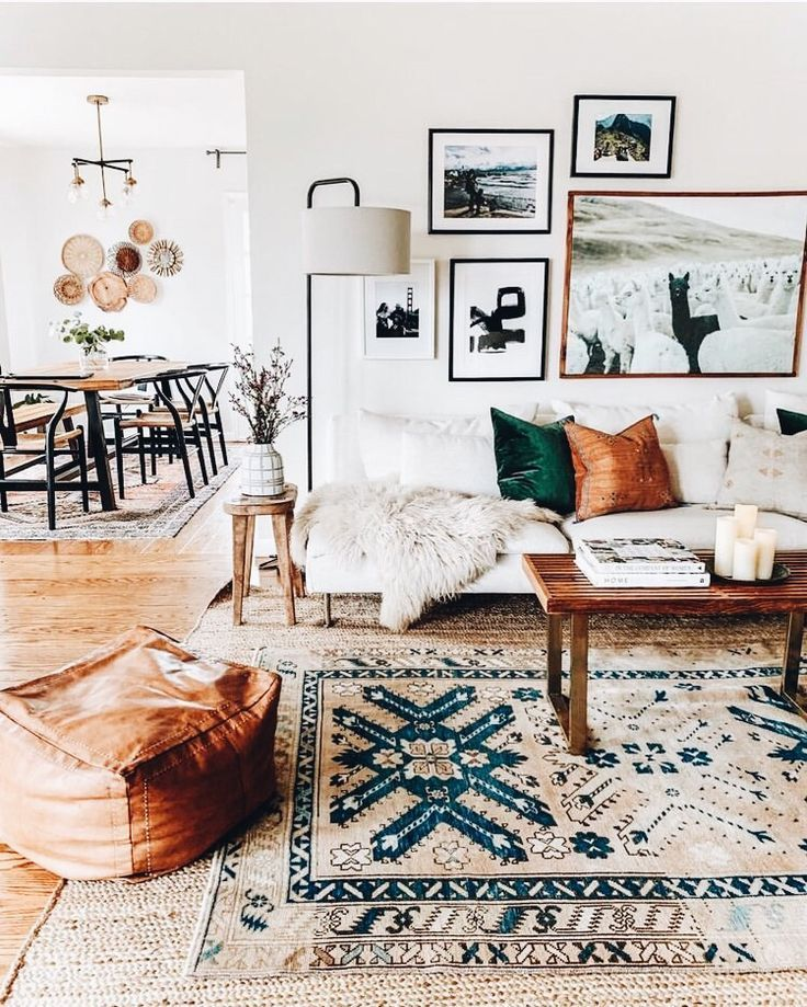 A Mix Of Mid Century Modern Bohemian And Industrial Interior Style Home And Apartmen Modern Boho Living Room Modern Bohemian Living Room Living Room Inspo