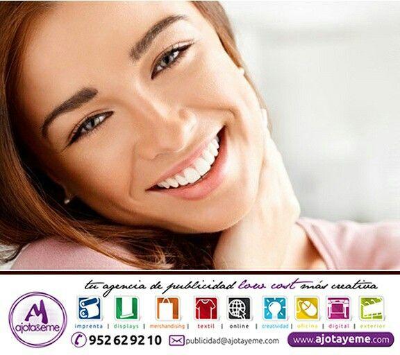 #Feliz #Lunes #AjotAstuto, Comienza cada día con una mega sonrisa, le estarás dando gasolina a tu cuerpo para afrontarlo todo. Te dejo meditando y con esta nueva #Semana disfrutando.  Por cierto, queremos llevar nuestros diseños a todos los puntos de #España. #Alava #Albacete #Alicante #Almería #Asturias #Ávila #Barcelona #Burgos #Cádiz #Castellón... Por eso, para cualquier necesidad en: #Camiseta #Creatividad #DiseñoGrafico #Display #Imprenta #ImpresionDigital #Marketing #Merchandising (A…