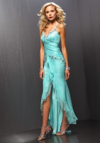 This prom green chiffon dress features its spaghetti straps and slit with elegant beading decoration, it can be made in any other color. Please choose the dress color when you order, otherwise the one shown on the picture will be your selection. We not only can make standard size dress but also can make according to your own measurements and it is free. This dress also can be used for formal dance, military ball and classic prom dresses.