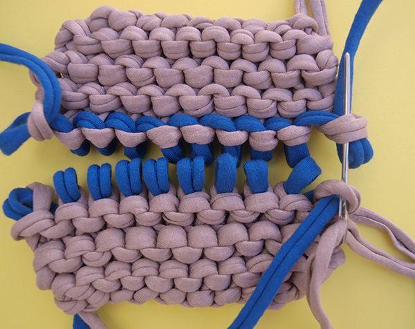 Hola knitters!  En este post os vamos a enseñar una nueva forma para unir vuestras prendas, costuras invisibles para punto bobo.  Este tipo de costura es perfecto sobretodo para cuando queremos unir dos piezas de punto bobo y que no se note nada, ya que el tejido queda uniforme e igual de elástico. Para ello vamos a necesitar una agujita lanera para unir nuestras piezas.