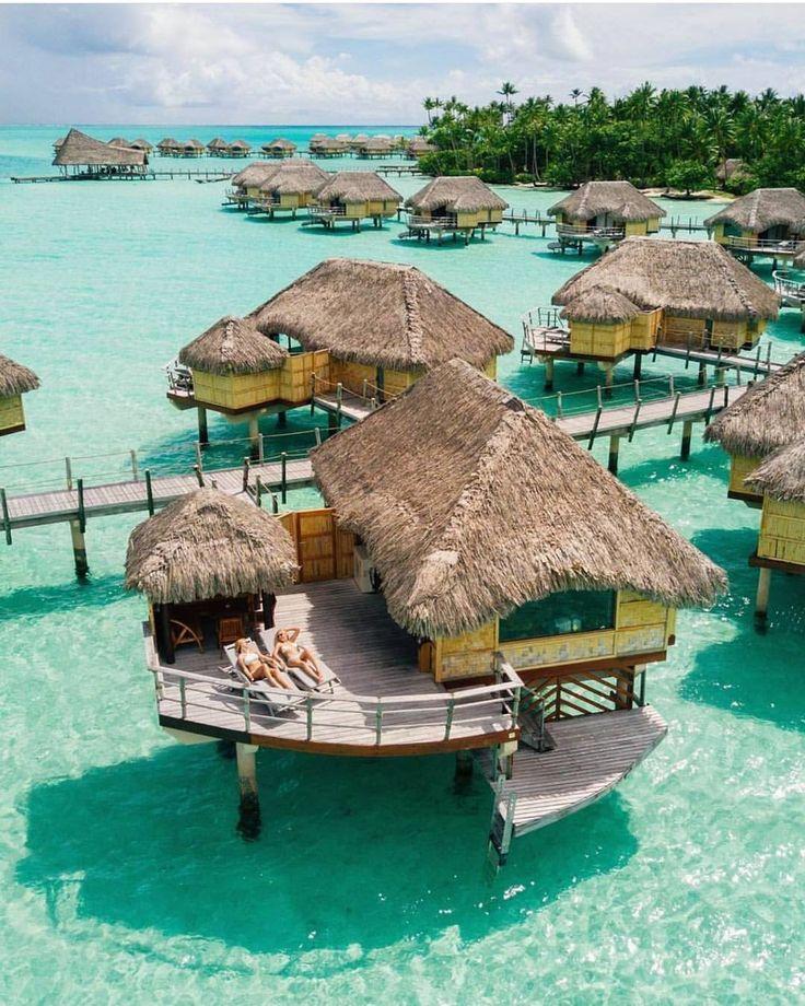 Le Tahau0027a island resort and spa French