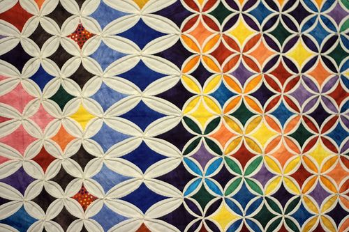 cornsPretty Pattern, Drawers Storage, Quilt Patterns, Colors Pattern Textiles, Pattern Design, Geo Quilt, Quilt Art, Art Deco, Cathedral Windows