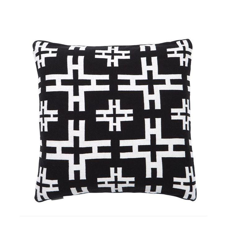 20 besten kissen bilder auf pinterest wohnaccessoires kissen und luxus. Black Bedroom Furniture Sets. Home Design Ideas