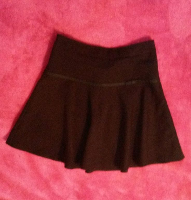 GIRLS BLACK SKATER SCHOOL SKIRT 7-8 YEARS - ASDA GEORGE ADJUSTABLE WAIST BOW