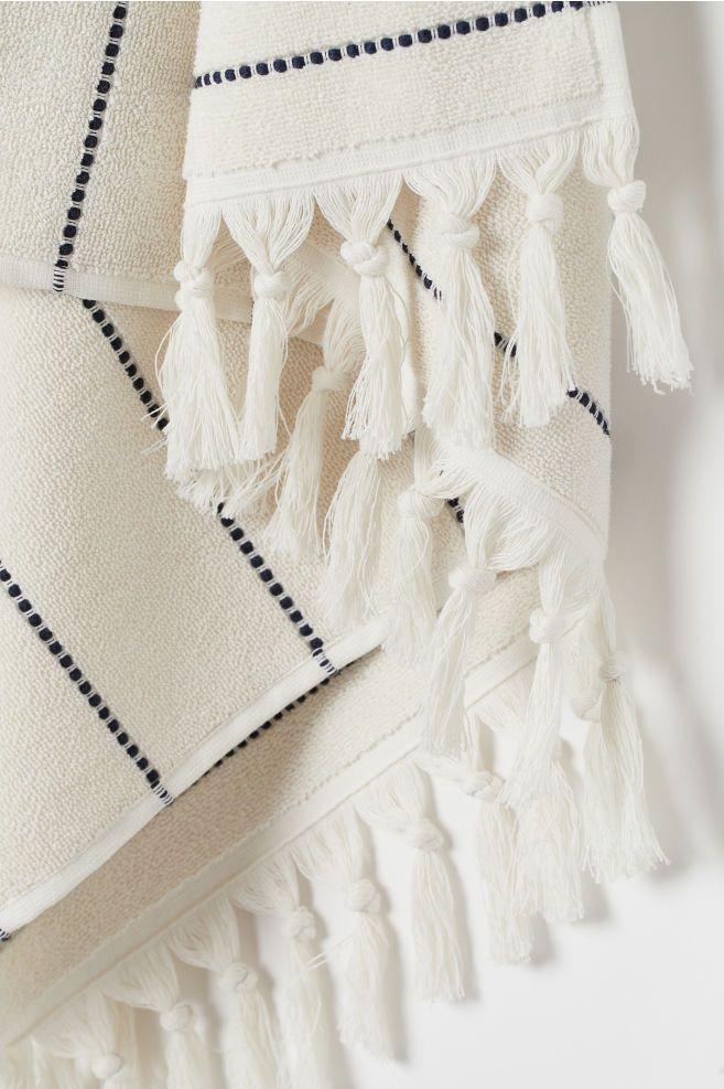 Tasseled Bath Towel White Striped Home All H M Us 3 Bed Linen Design White Towels Grey Linen Bedding