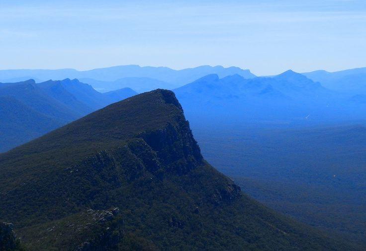 10 TOP Half-day Hikes in 10 HOT Australian Holiday Spots - RedzAustralia