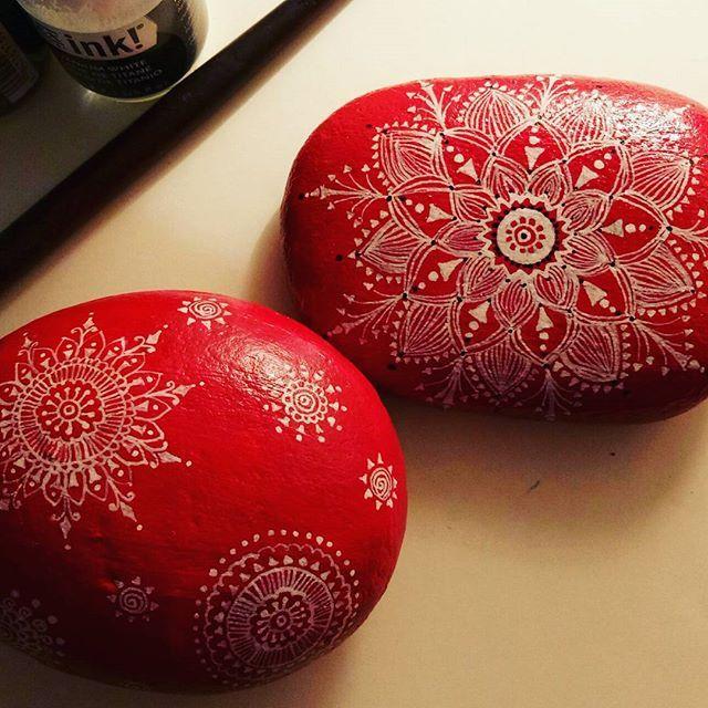 #handpaintedstone #mandalas