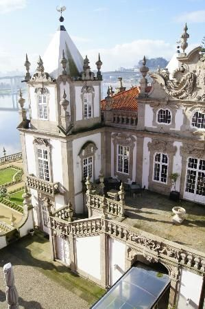 Freixo Palace Hotel Porto city, Portugal Read more in : ENJOY PORTUGAL WEBSITE www.enjoyportugal.eu/porto.html