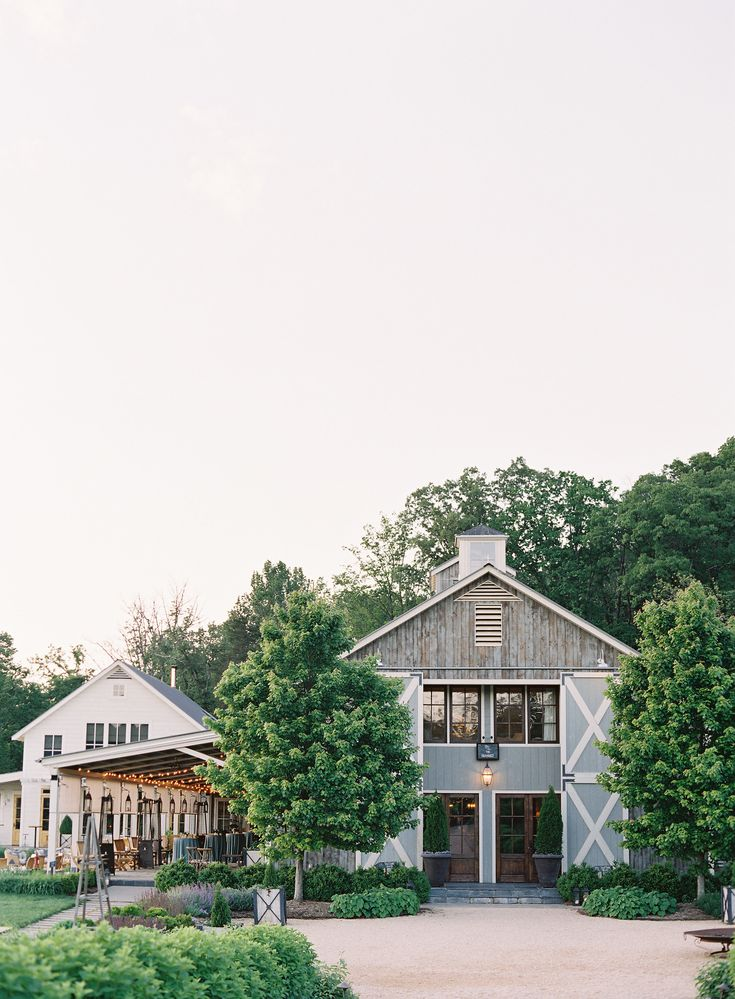 The Granary at Pippin Hill Farm & Vineyards | Photographer: Laura Gordon