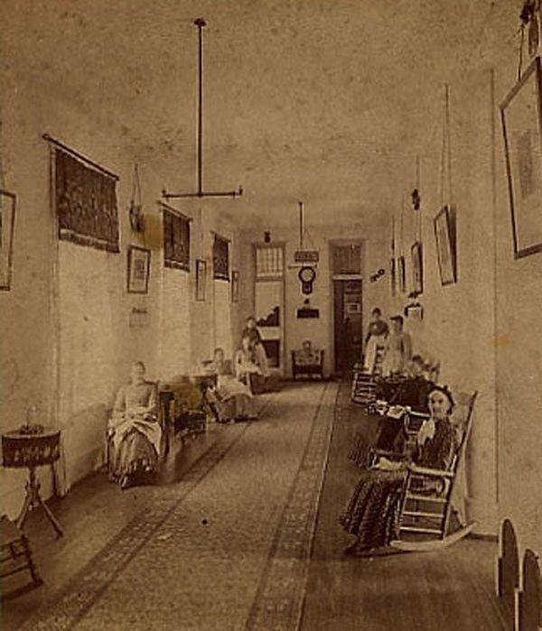 Creepy Photographs Inside Asylums Throughout History- 1870s Asylum in Michigan