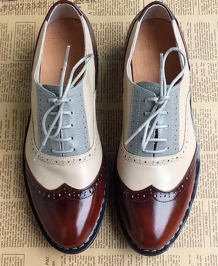 2015 British style carved hand-tailored vintage oxford shoes for women genuine leather Color matching lace-up flat heels men