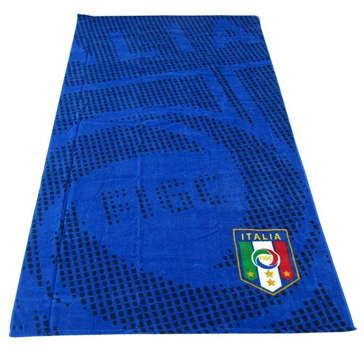 Il telo mare della nazionale di calcio italiana, per veri tifosi! http://www.carillobiancheria.it/telo-mare-ufficiale-nazionale-italiana-magic-bassetti-in-spugna-90x180-blu-h760.html