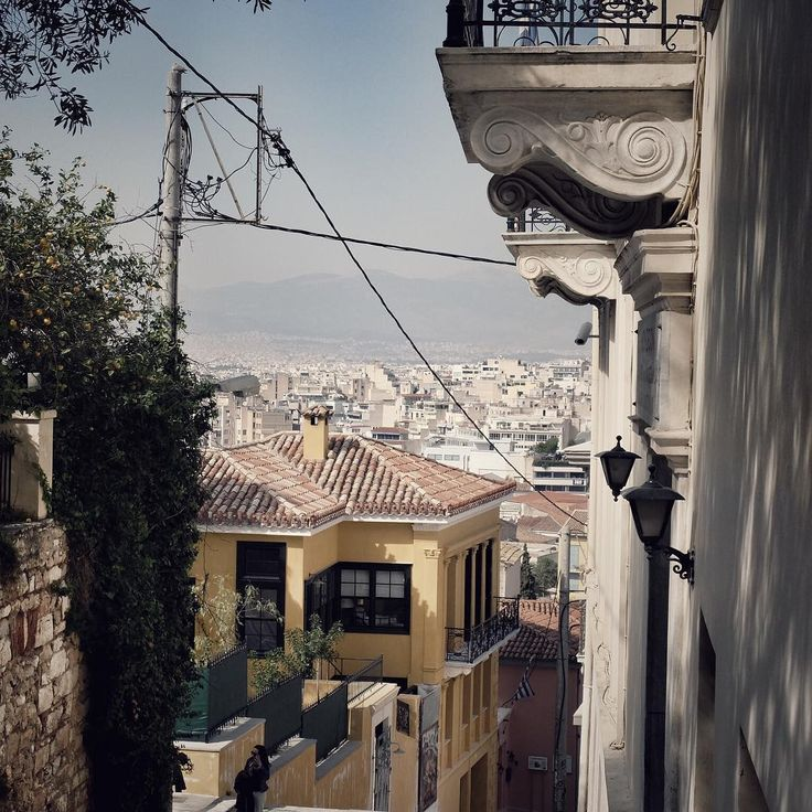Athens #greece #athens #athina #atény #fujix30 #travelling #greeceisbeautiful #touchofhistory #viewfromthetop