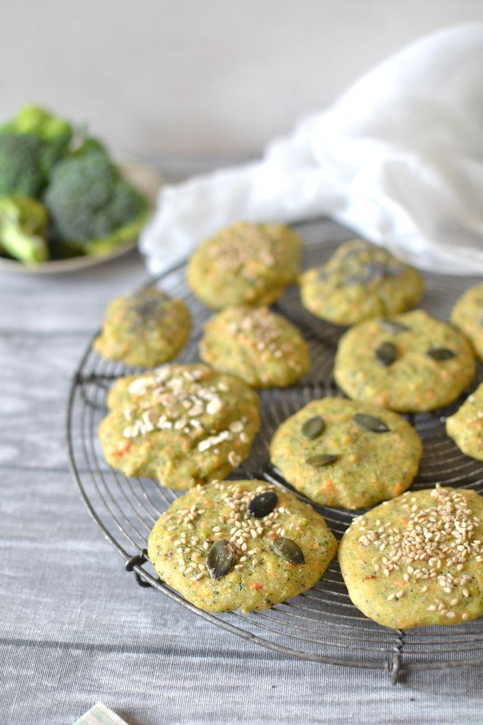 Biscuits végétaux brocoli-carotte { Sans gluten } // Vegan broccoli & carrot biscuits (gluten-free) http://www.lesrecettesdejuliette.fr