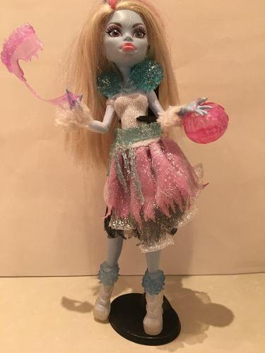Boneca Monster High Abbie - R$ 120,00 em Mercado Livre
