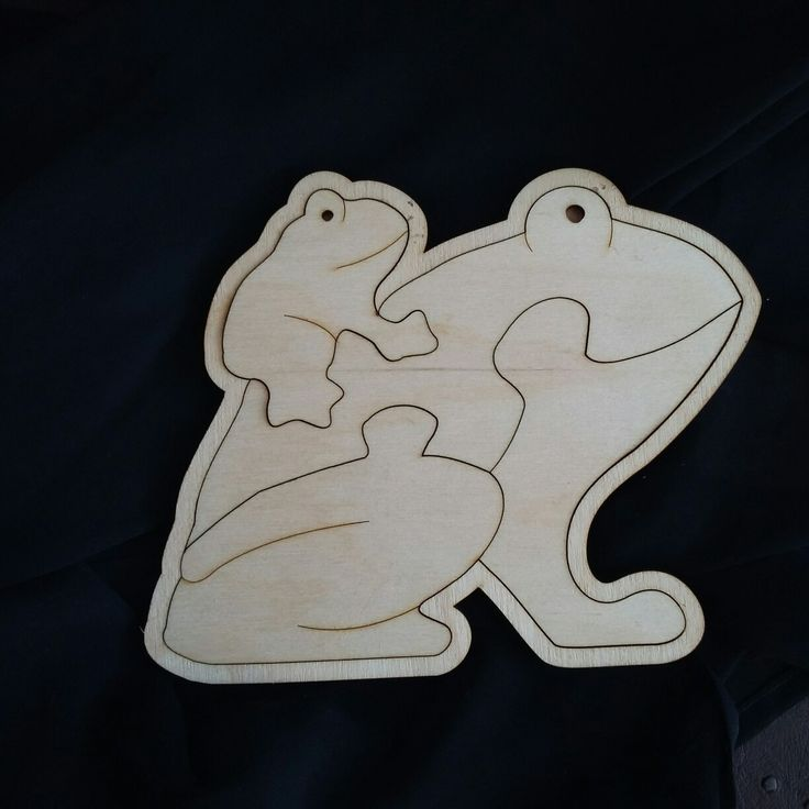 Maple wood Frog puzzle