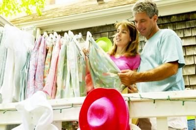 How to Organize and Plan a Successful Rummage Sale thumbnail
