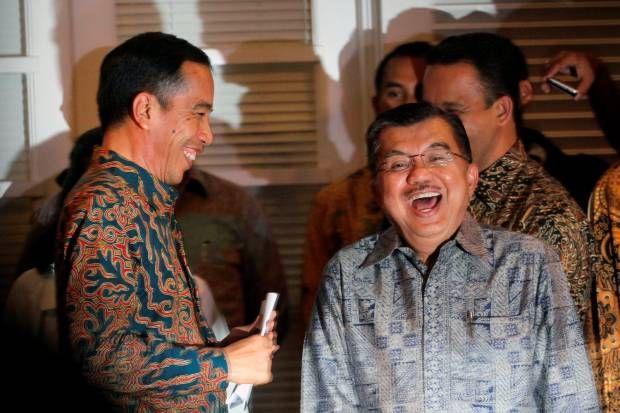 Gaya Jokowi - JK Umumkan Postur Kabinet