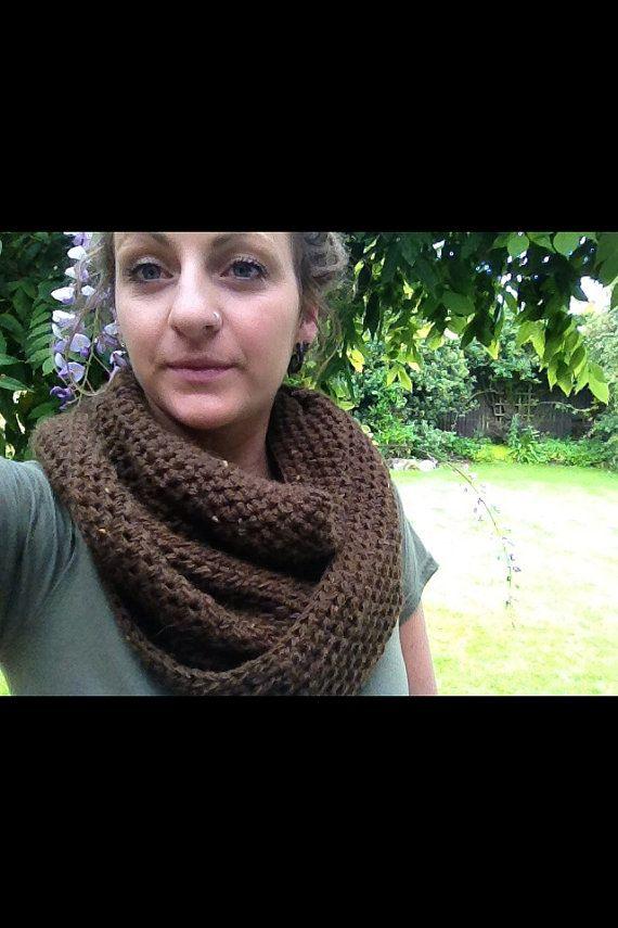 Winter crochet infinity scarf