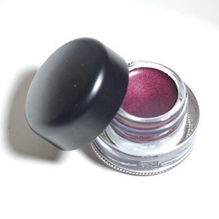 Awsome Mac Cosmetice Eyeliner - Looking Good www.bibifashionable.at