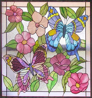 ZOOM para las mariposas y las flores de cristal tintado