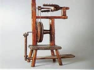 attrezzi manufatti antichi per lavorazione legno a DuckDuckGo