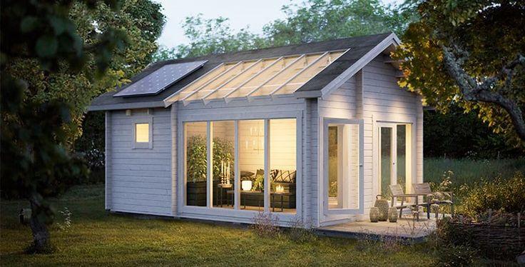 Solbacka stuga med växthus