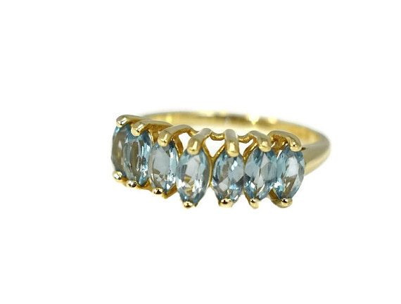 Sky Blue Topaz Ring 10k Gold 10k Blue Topaz Chevron 10k Blue Topaz Chevron Ring Blue Topaz December Birthstone Ring 10k Gold Blue Topaz Ring 10k Gold Ring Vintage Jewelry