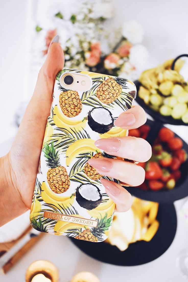 Banana Coconut by lovely @mariellelindahl - Fashion case phone cases iphone inspiration iDeal of Sweden #Tropcial #pineapple #palms #leaf #pina colada #yellow #fashion #inspo #iphone