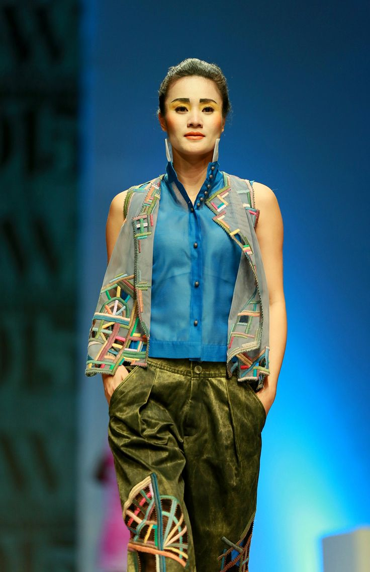 Vietnam Fashion Week SS2015 - Ready to wear. Designer: Minh Hanh. Photo: Nguyen Thanh Dat