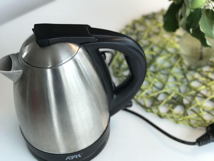 Kein Kalk mehr: So entkalken Sie Ihren Wasserkocher mit Hausmitteln