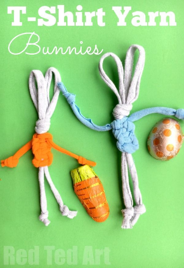 Easy T-Shirt Yarn Bunny - these little bunnies are just SO CUTE! Love that they are made from upcycled t-shirt yarn. Learn how to make your own T-shirt yarn!