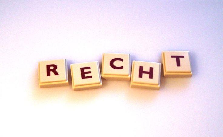 Marken: Produkt- und Firmennamen durchsetzen und schützen (Teil 1) - Markenschutz ist ein Thema dem jeder Unternehmer früher oder später gegenüber steht. Wie man seine Produkt- und Firmennamen durchsetzt und schützt, haben wir uns von Dr. Rolf Claessen erklären lassen! Im Teil 1 erläutert er, wie man die Marke anmeldet und im nächsten Teil dann wie man sie schütz...